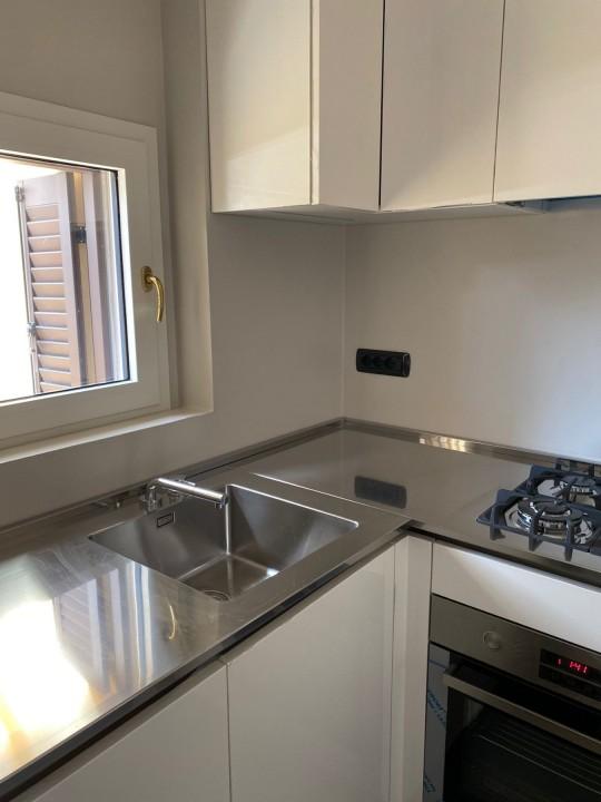 006(3) C181 Cucina inox e laccato bianco lucido Steellart