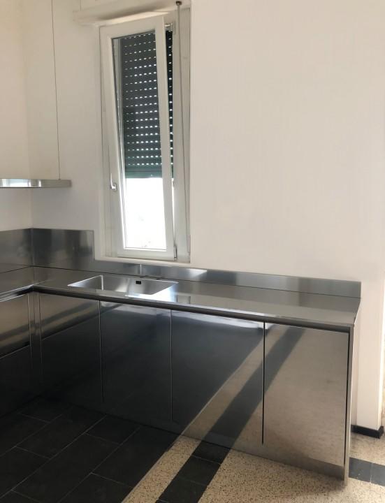 006 modif C184 Cucina in acciaio inox e bianco Steellart