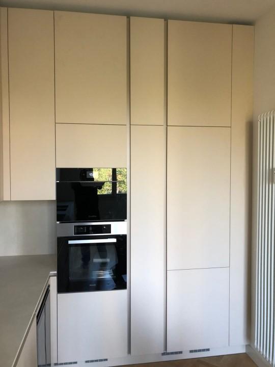 007(1) C179 Cucina in Fenix e Laminam Steellart