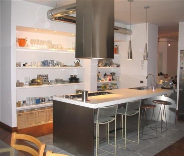 Cucina in acciaio inox a isola