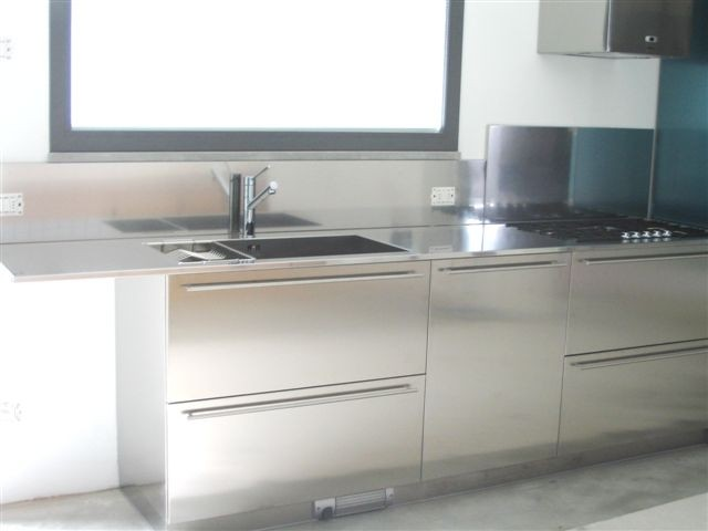 1237039597 C19 Stainless steel kitchen centre width 285 cm Steellart