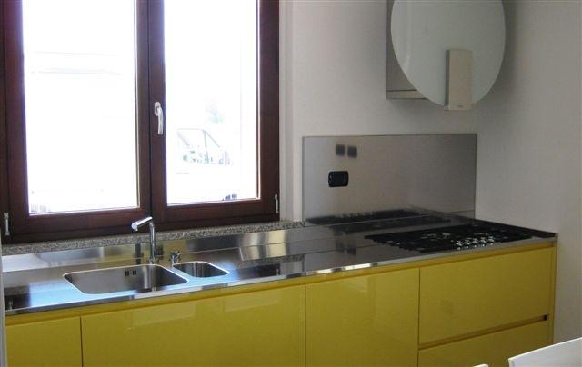 1273242038 C23 Kitchen centre under the window width 270 Steellart