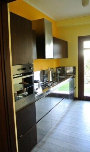 C61 Cucina inox- noce canaletto a parete - Küchen - Steellart