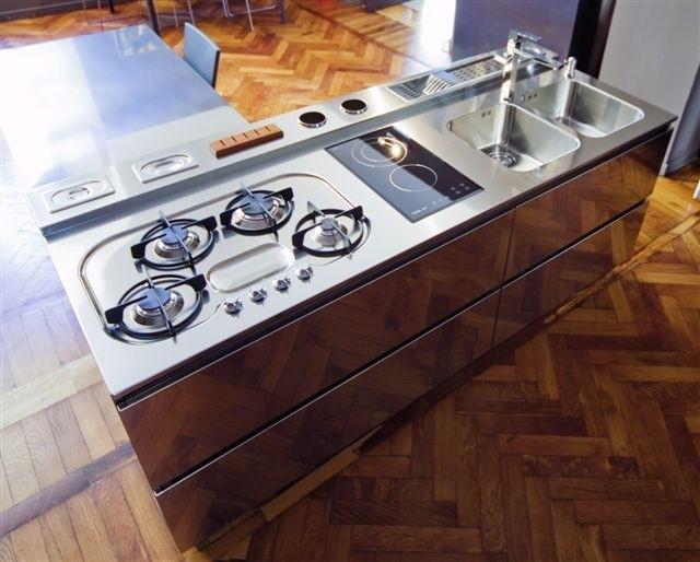 C47 cucina a isola inox legno cucine steellart piacenza - Barra attrezzata cucina ...