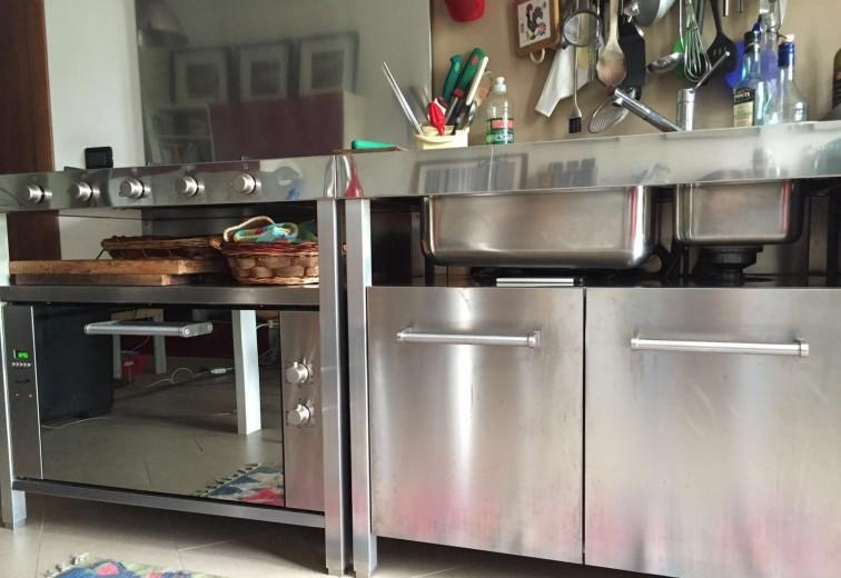 C120 Cucina a unità freestanding in acciaio inox, 100 ...