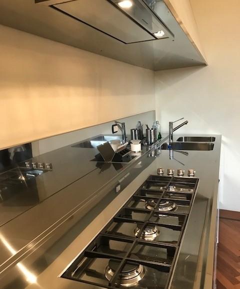 C128 cucina blocco acciaio inox l390 con cappa 390 cucine steellart piacenza - Blocco cucina acciaio ...
