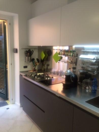 cucina in acciaio inox ed ecomalta