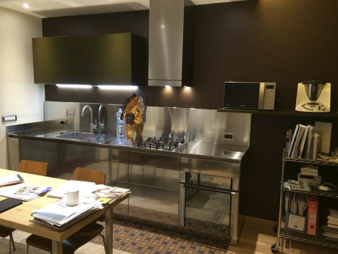 Cengiarolo 6 aprile 2015(1) C85 cucina su  due  pareti Steellart