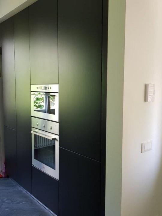 Cornia armadio 3rid C159 cucina in acciaio inox a penisola con colonne nero opaco Steellart
