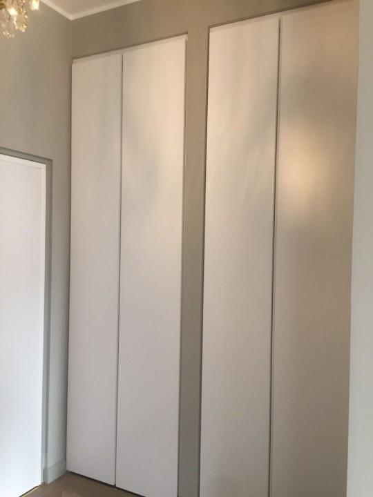 Corsetti armadio 2.e3 bis(2) A 20 armadi a muro realizzati su misura ante a battente Steellart