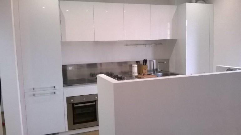 Angolo Cottura Con Muretto : C cucina a parete con isola funzionale cucine in acciaio inox