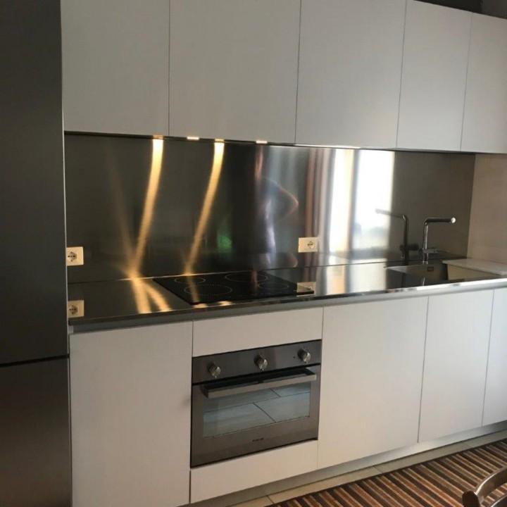 Finca 3rid(1) C 162 cucina bianca con top e schienale in acciaio inox Steellart