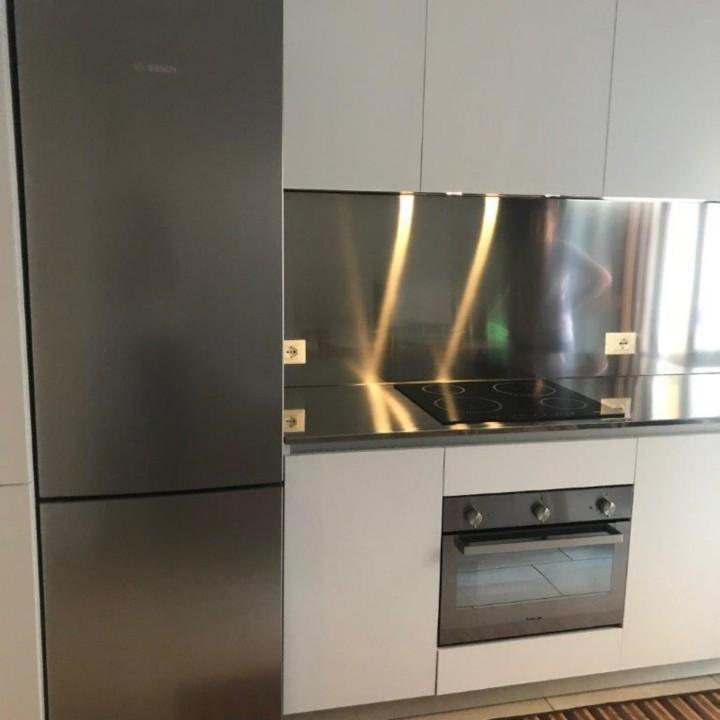 Finca 4rid(1) C 162 cucina bianca con top e schienale in acciaio inox Steellart
