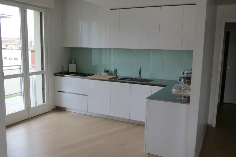 C36 cucina ad angolo a parete l 341 cm cucine steellart piacenza - Disegni di cucine ad angolo ...
