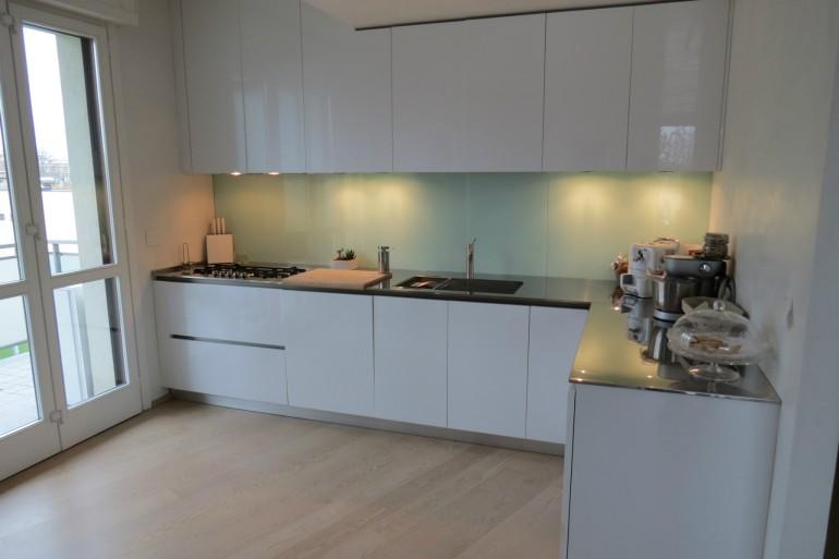 IMG 3798 C36 Cucina ad  angolo a parete L 341 cm Steellart