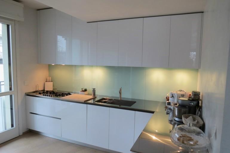 IMG 3810 C36 Cucina ad  angolo a parete L 341 cm Steellart