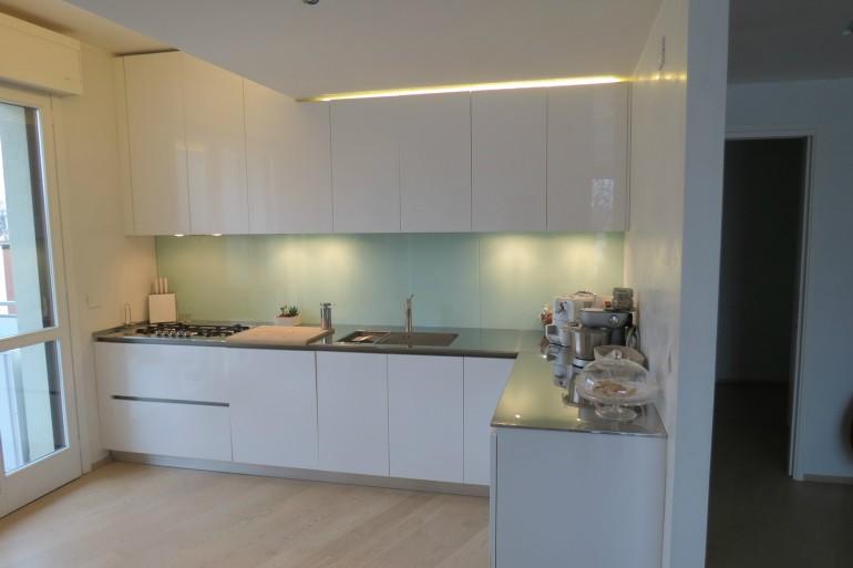 IMG 3815 C36 Cucina ad  angolo a parete L 341 cm Steellart