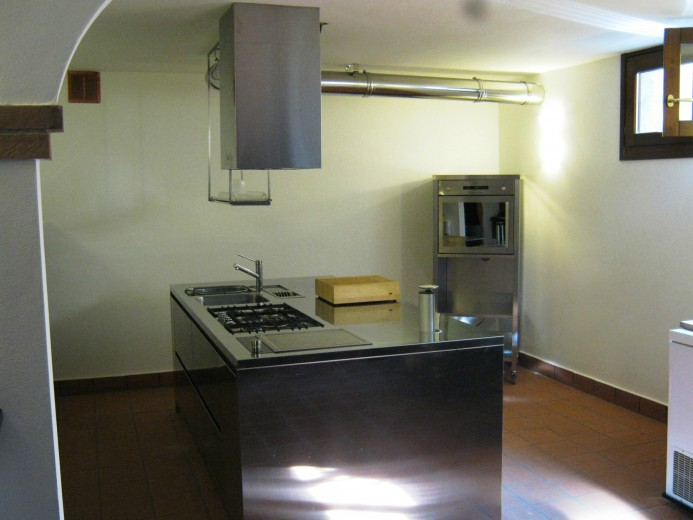 Cucina a isola in acciaio inox  L 240x120cm