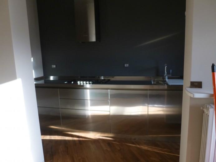Mazzoni 6 nov. 2013 C58 Stainless steel kitchen centre width 350 cm Steellart