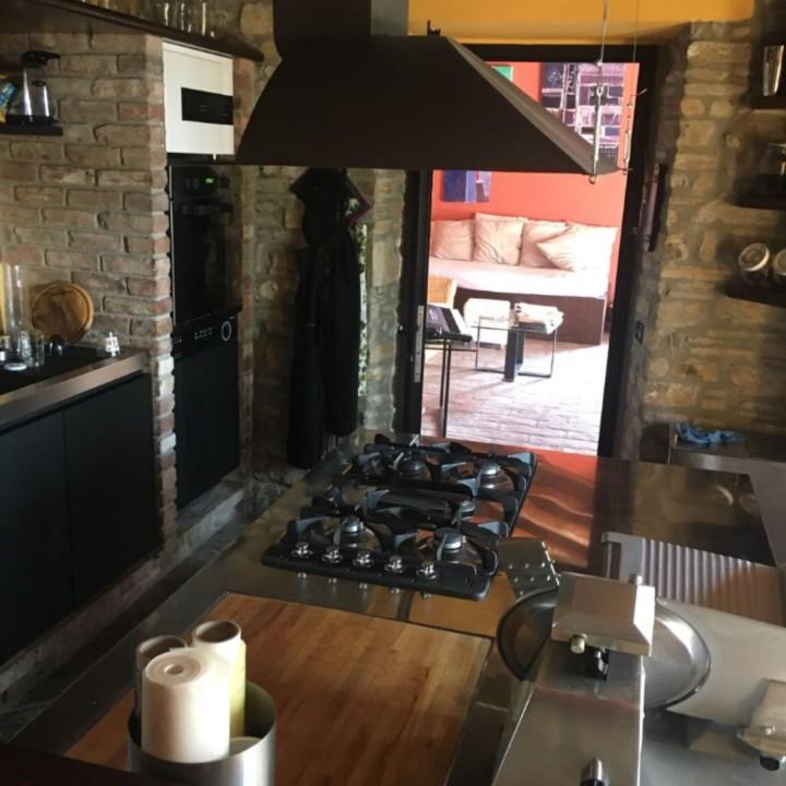 Montesanto cucina 2 2  C146 cucina inox, cotto e fenix Steellart