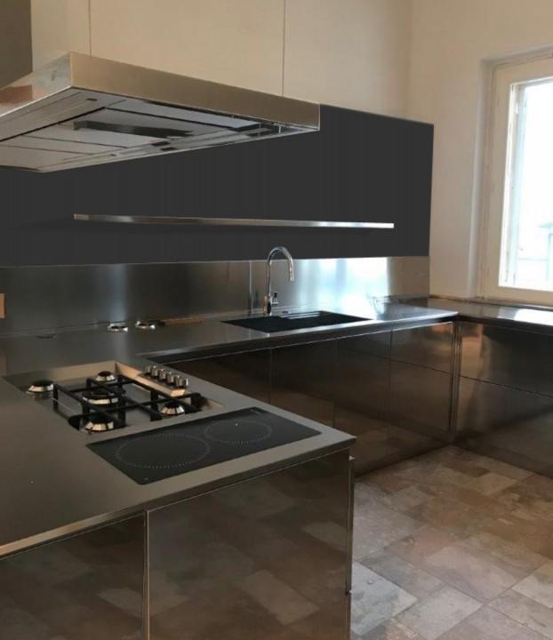 C139 cucina in acciaio inox a u cucine in acciaio inox cucine di design cucine moderne - Cucina in acciaio inox ...