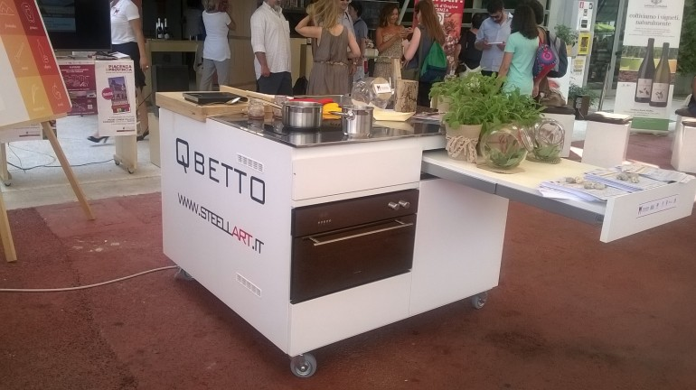 Qbetto Expo 3 Der QBETTO in EXPO 2015 (Deutsch Version) Steellart