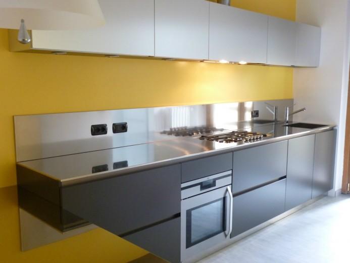 Roncagalle7 C016 Cucina a parete L 360 Steellart
