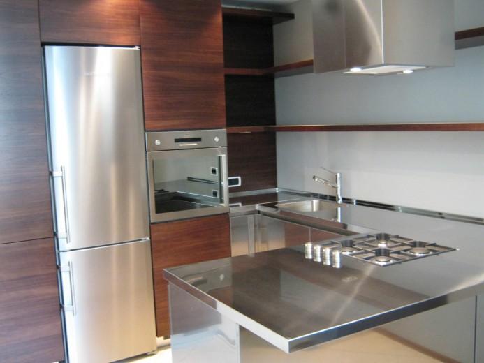 C010 Cucina a U legno-inox - Küchen - Steellart