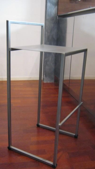 Sgabello micropallinato 8 ridotto2volte ID 81 Sgabello in acciaio inox Steellart