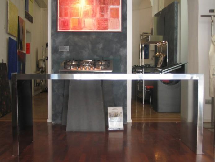 Tavolo in acciaio inox