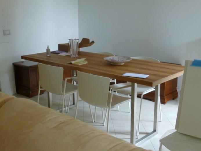 Tavolo in legno e inox tagliaferri con sedie slam A 14  libreria con scrivania Steellart