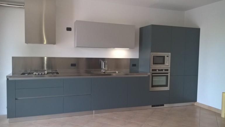 Cucina  a parete acrilico/inox L465cm