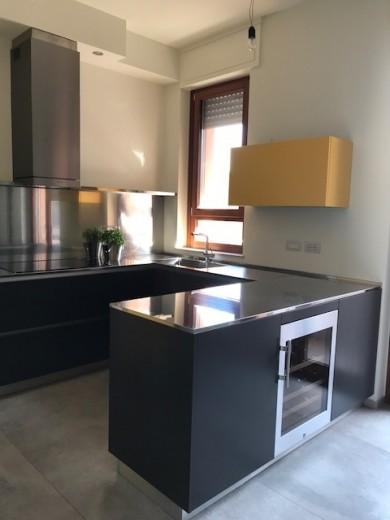 C124 Küche in U-Form - Küchen - Steellart
