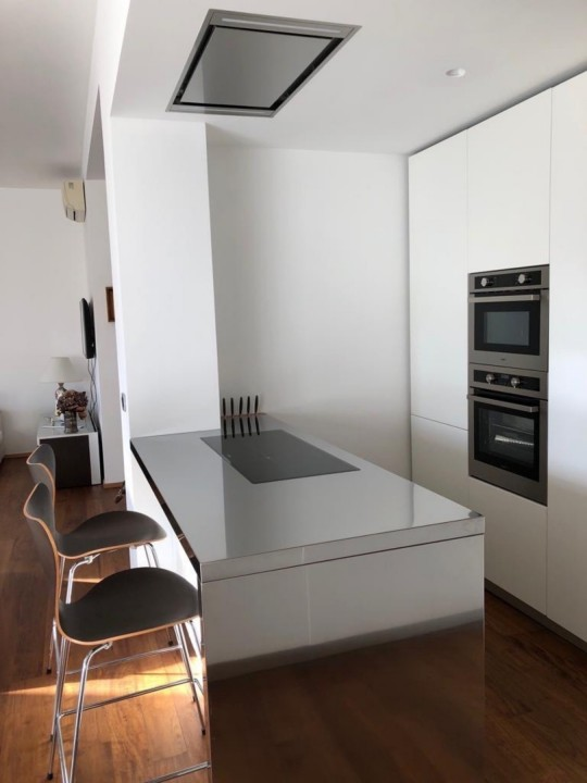 foto di cucina in stile moderno e di colore bianco steellart(1) Cucine in acciaio Steellart Steellart