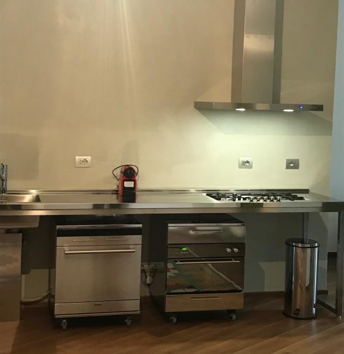 Cucina in acciaio full inox
