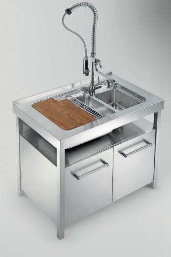 lavellotto C76  Cucina inox  con  elementi freestanding Steellart