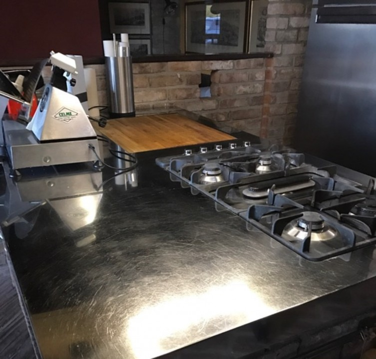 montesanto 2 C146 cucina inox, cotto e fenix Steellart