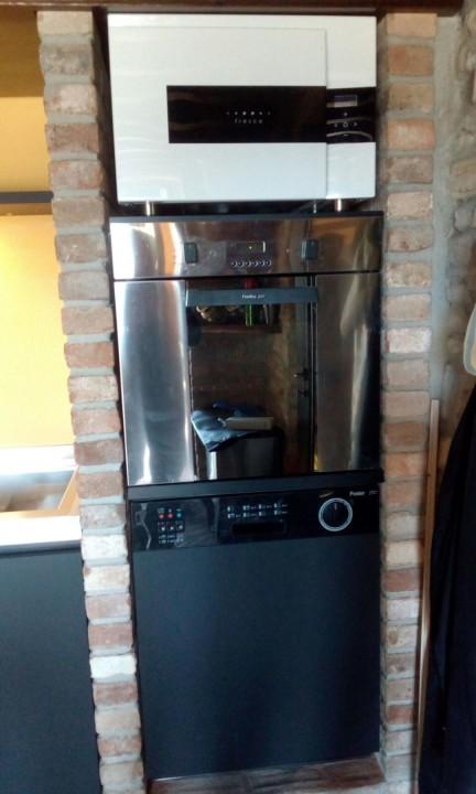 montesanto forni C146 cucina inox, cotto e fenix Steellart