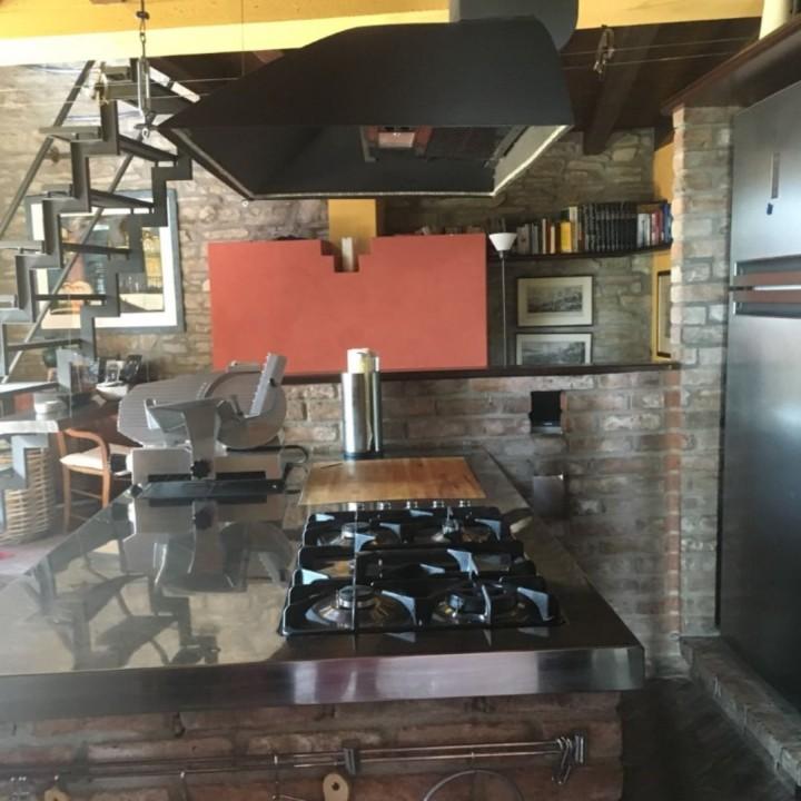 montesanto11bis(1) C146 cucina inox, cotto e fenix Steellart