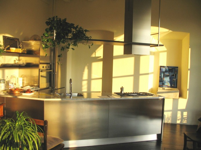 santi 114modificato C66 Peninsula corner kitchen Steellart